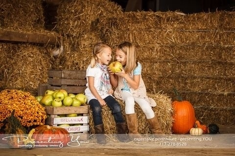 Amazing Fall-themed mini sessions this month. Click through for info!