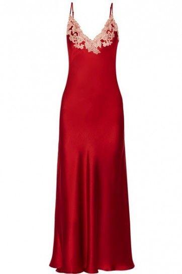 Camicia da notte rossa La Perla - Intimo Natale 2015: modello con pizzo a contrasto sulla scollatura