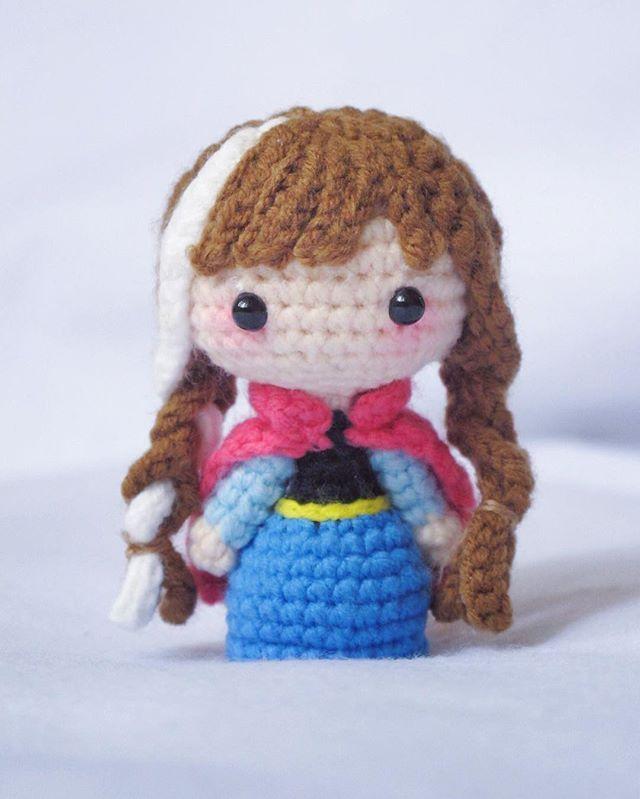 Do you wanna build a snowman~#anna #frozen #amigurumi #crochetdoll #crochet #craft #handmade