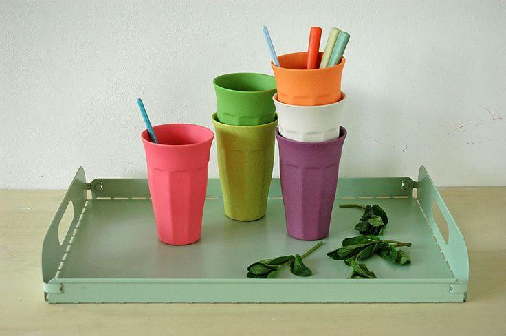 Zuperzozial Trinkbecher Rainbow Cupful of Colors  https://www.multi-use.de/kueche-und-haushalt/glaeser-und-trinkbecher/328/zuperzozial-trinkbecher-cupful-of-colors-rainbow?c=114