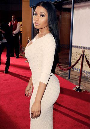 Nicki Minaj (Onika Tania Maraj), nacio el 8 de diciembre de 1982 en Trinidad y Tobago. Ocupación: Cantante/Estatura: 1.57m/Peso: 64Kg / Ojos: Marrón/Medidas: 95-66-114 (300X428)