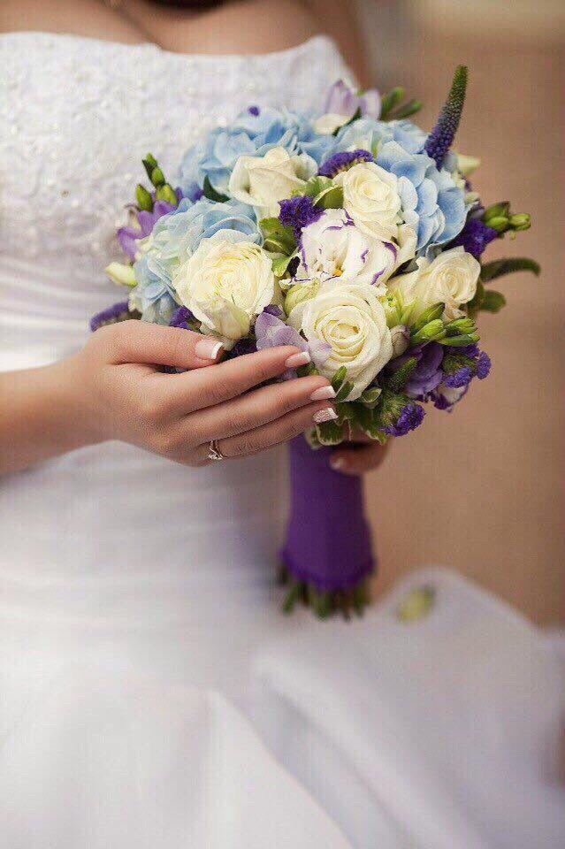 Букет для невесты.! Роза, фрезия, эустома, статица , гортензия, вероника , & питоспорум