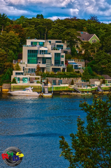 Fancy House in Halifax's SouthWest Arm by Rodney Hickey Design Studio, via Flickr