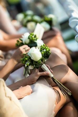 Roses are a favorite flower for a small wedding bouquet because of how well they will fill out the arrangement with only a few flowers. @myweddingdotcom