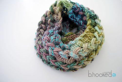This seems like it would be great fun as an afternoon event at the shop...linked is a free pattern and video!