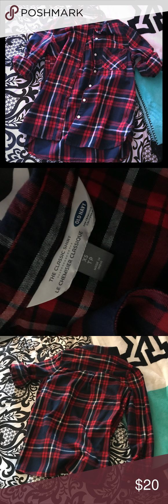 ❤️Old Navy Flannel Button Down❤️ Super soft, excellent condition - no flaws, stains, snags or holes; navy, red and white flannel! Classic fit which means it's a looser fit, not tight. Says XS but could definitely go up to a medium. Looks good with rolled sleeves or worn long! Old Navy Tops Button Down Shirts