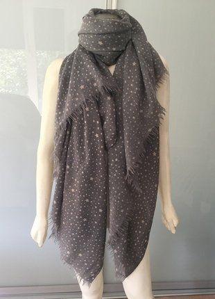 Kaufe meinen Artikel bei #Kleiderkreisel http://www.kleiderkreisel.de/accessoires/xl-schals/147001423-kudibal-copenhagen-xl-schal-grau-beige-sterne-wolle-mix-scarf-grey-stars-wool