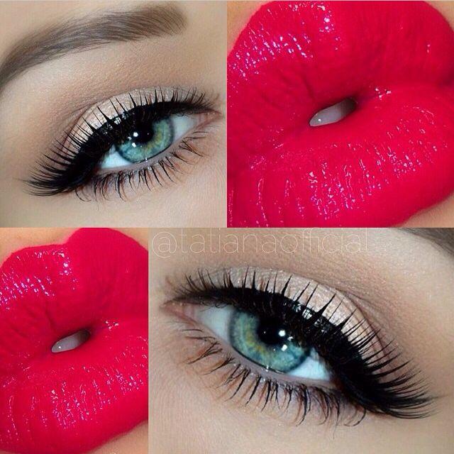 "Regram from @Tatianaofficial, the beautiful MUA is wearing Dark Swan lashes in ""Seduce""  #falsies #eyelashes #darkswanlashes www.darkswan.dk"