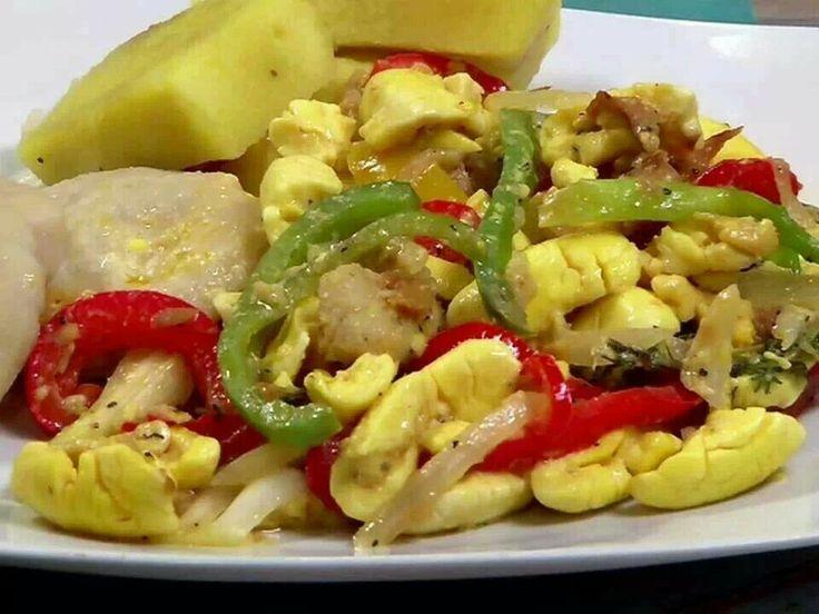 Dinner: ackee & saltfish, boil banana, & yellow yam