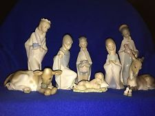 Lladro  Nativity Set - 8 pieces - Issued 1969 - retired - mint condition