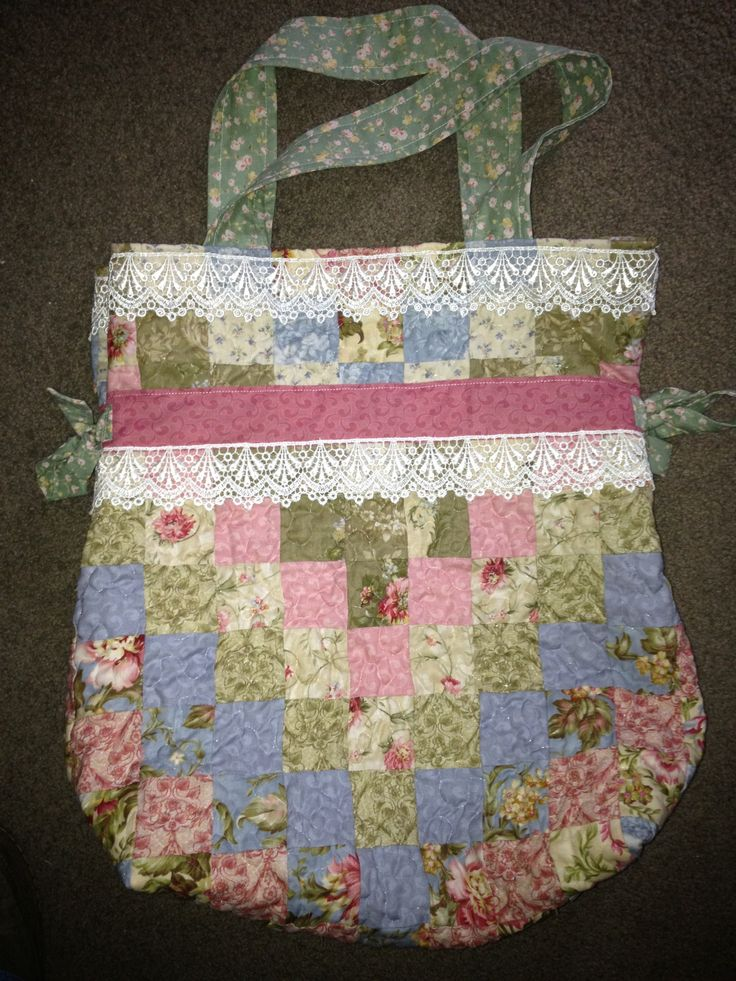 Bag from Wendy's design. Made for my mum in law in her favourite colours.