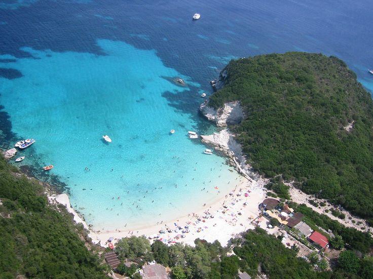 vrika beach antipaxos
