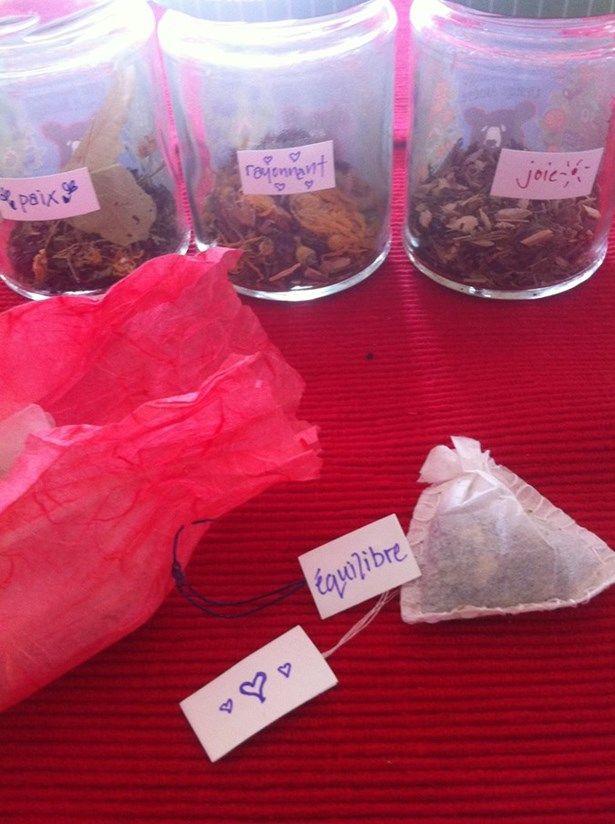 tisanes à faire maison, herbes, herboristerie, idées cadeaux