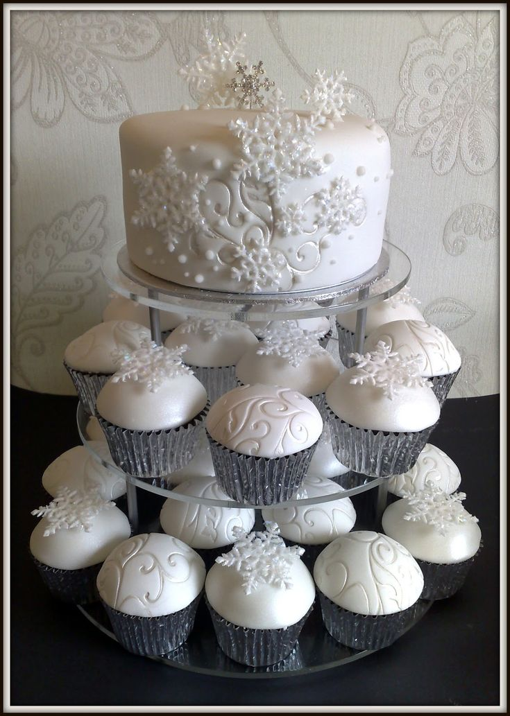 http://smallthingsiced.blogspot.com/2010/12/this-is-just-part-of-wedding-order-for.html