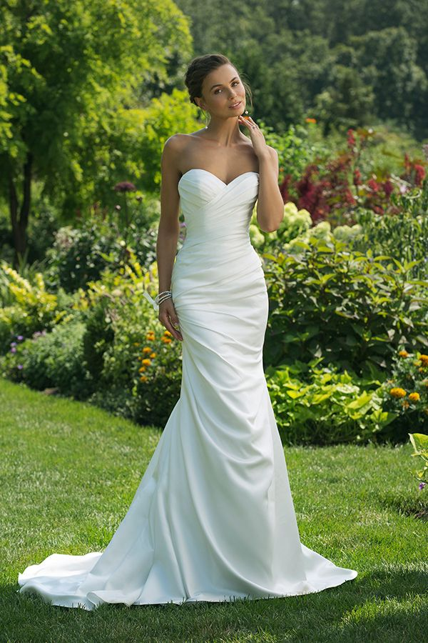 Everisa Is Top 1 Online For Prom Dresses Affordable Bridesmaid Inexpensive Wedding We Provide Diffe Styles