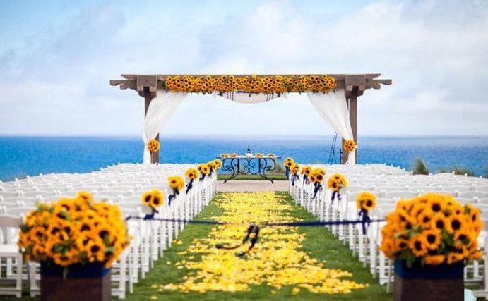 9 Secrets About Sunflower Beach Wedding That Has Never Been Revealed For The Past 9 Years Sunflower Wedding Sunflower Themed Wedding Beach Wedding