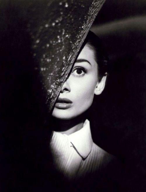 Audrey Hepburn in Roman Holiday(1953, dir. William Wyler)