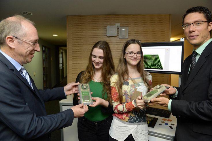 Jugend-forscht-Regionalwettbewerb: Gewinnerinnen aus Duisburg besuchen Fraunhofer IIS