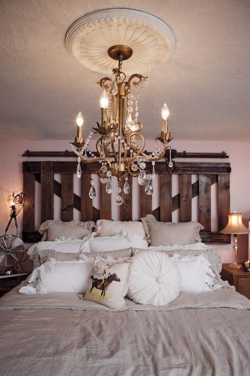 31 best barnwood headboard ideas images on pinterest for Rustic romantic bedroom