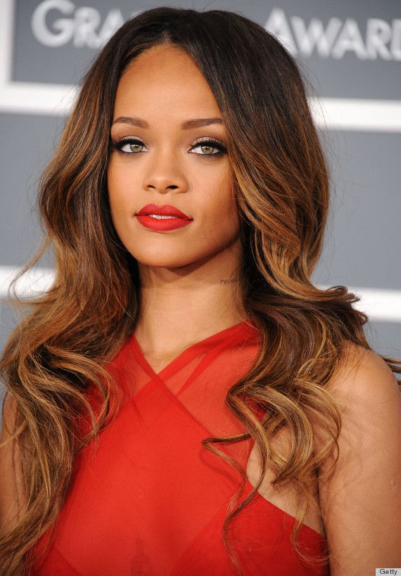 Beautiful wavy hair / charming eyes / red lips