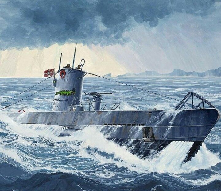 GERMAN U-BOAT COMING TO ABOVE