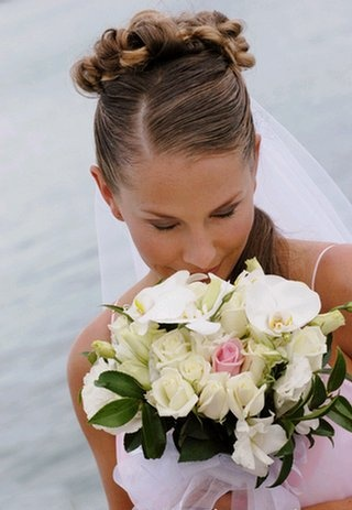 Google Image Result for http://www.nzflower.co.nz/images/wedding-valerie-bouquet-withbride-valerieandphaleonopsis.jpg