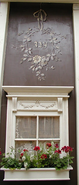 Love the house numbers,,,,this would also be cool on a door or above an entry..who would ever need to decorate for holidays then...gorgeous!