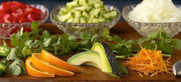 Μουστάρδα, ξινόμηλο, φυστίκι Αιγίνης και 13 ακόμη υλικά, θα κάνουν τις σαλάτες σας ακόμη πιο... ενδιαφέρουσες. Δείτε ποια είναι αυτά και εμπνευστείτε!