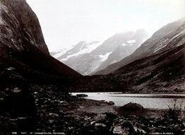 FAKf-100244.160214 Parti fra Norangsdalen. (JSR-Kode: A8-A-Natur) Landskap, fjell, fjord, Ørsta, Norangsdalen | 1880 - 1900