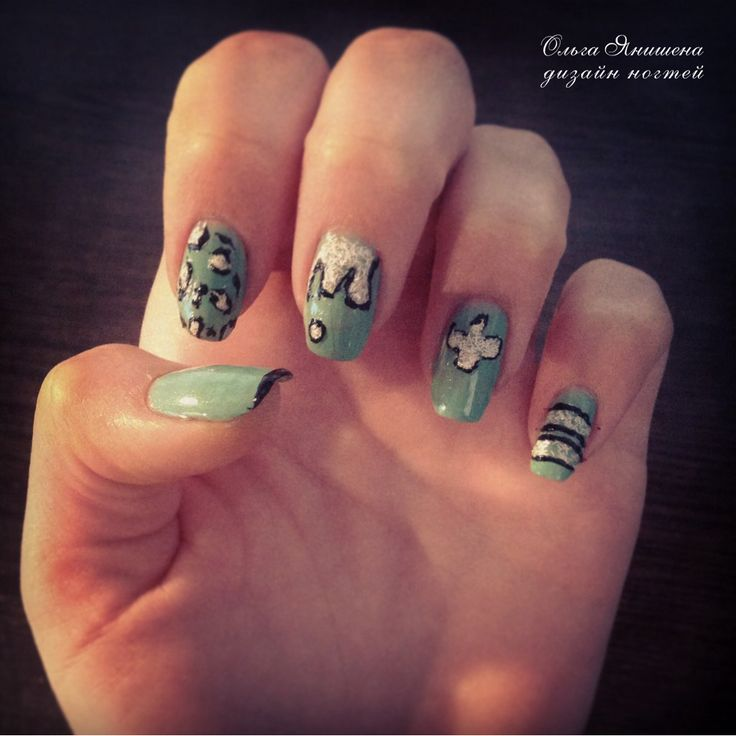 Swag #nail #nails #ногти #маникюр #рисунок #блестки #nailart #art #naildesign #design #nailstyle #style