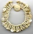Antique button and bead bracelet: Beads Buttons, Crafts Ideas, Beads Tutorials, Beads Bracelets, Beads Patterns, Antiques Beads, Buttons Bracelets, Antiques Buttons, Buttons Beads