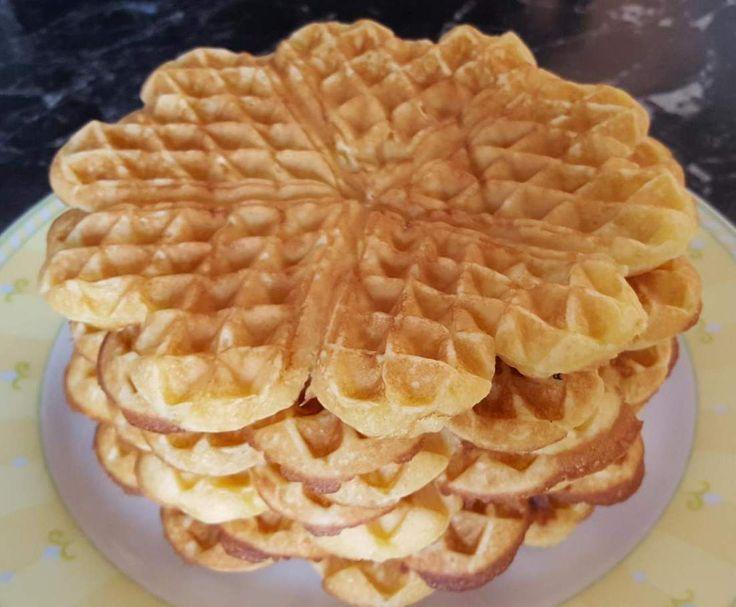 Rezept Lieblingswaffeln von Sarah Tautz - Rezept der Kategorie Backen süß