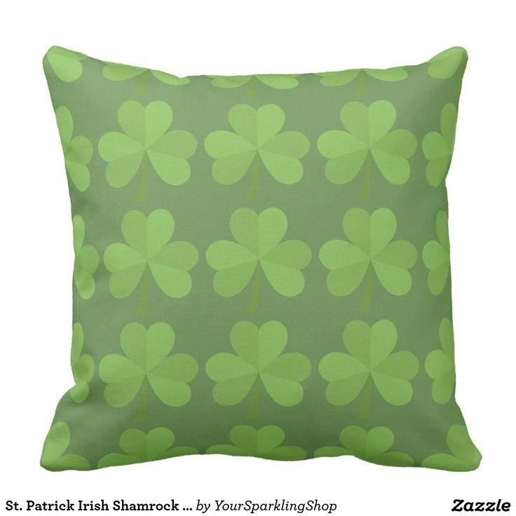 St. Patrick Irish Shamrock Clovers Green Pattern Outdoor Pillow