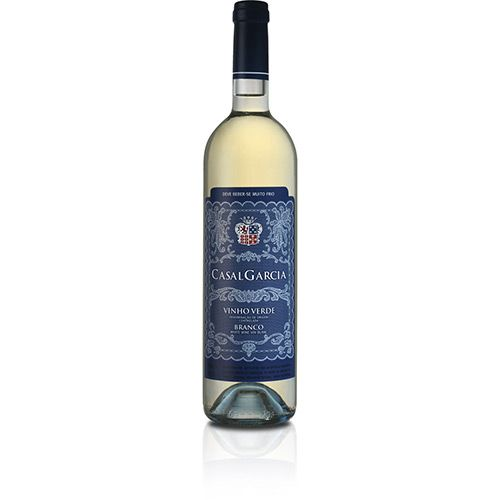 Vinho Branco Português Casal Garcia Trajadura, Loureiro, Arinto e Azal 750ml