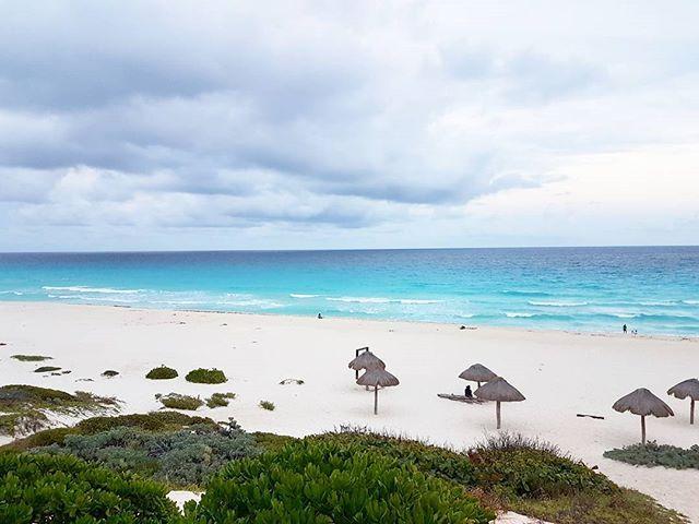 Изумительный Канкун😍😍😍😍😍😍😍😍😍😍😍😍😍 #мексика #канкун #юкатан #путешествия #красота #пляж #океан #mexico #cancun2017 #yucatan #reisen #ichliebereisen #travel #lovetotravel