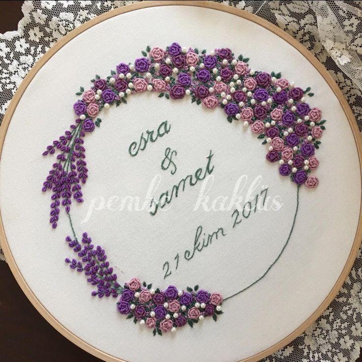 Bugün yerini bulan mor lavantalar #embroidery #hoopart #embroiderydesign #mor #lavanta #lavander #brezilyanakışı #pembekaktus #kasnak #kasnaknakısı #kasnakpano #nişanhazırlığı #evlilik #düğün #ceyiz #ceyizönerisi #nisantepsisi
