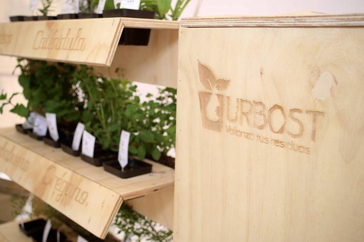 Urbost - Sistema de compostaje urbano + Huerta orgánica