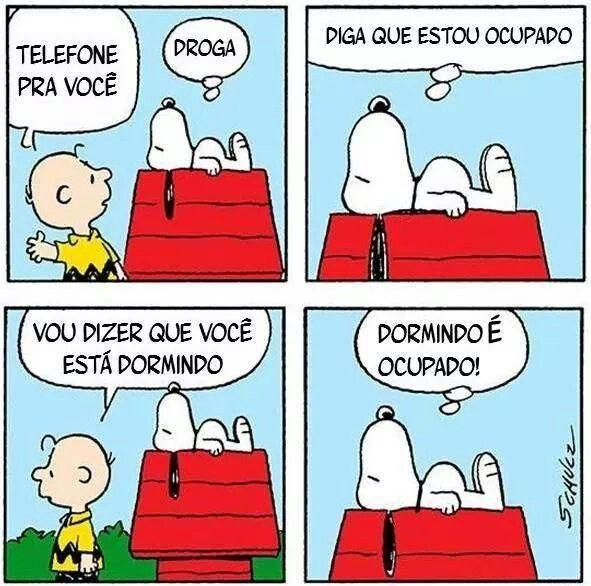Snoopy. Telefone, ocupado, dormindo.