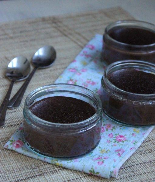 J'ai repéré cette recette sur Facebook sur la page &Cuisine gourmande Gers&, pour un dessert rapide réalisé au robot Cook'in. Je suis toujours à la recherche de petits desserts sympas de ce genre, j'ai donc testé, verdict : très bon ! Peu d'ingrédients,...