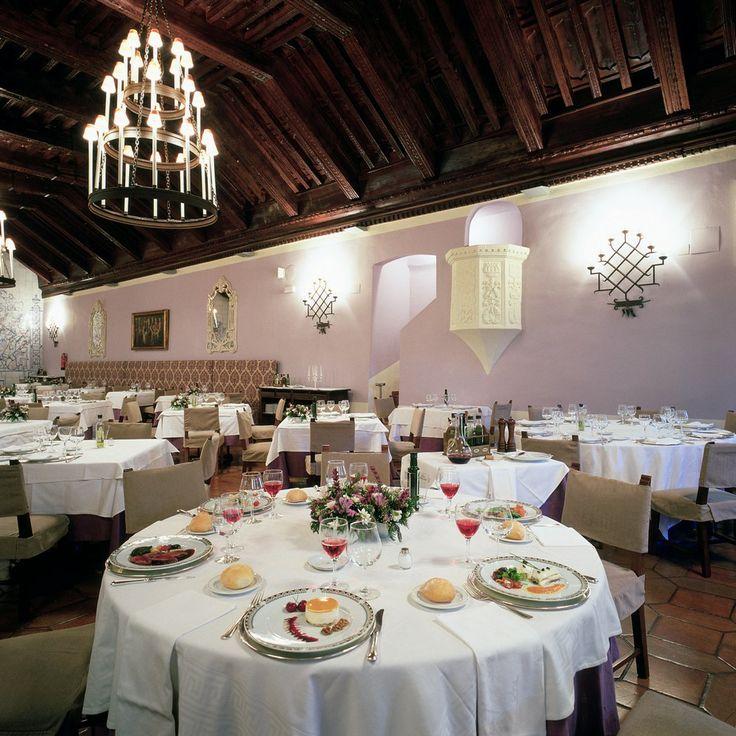 #Parador de #Cuenca #bodas con #historia #ideales #weddingvenue #salon #banquete #salon#banquete