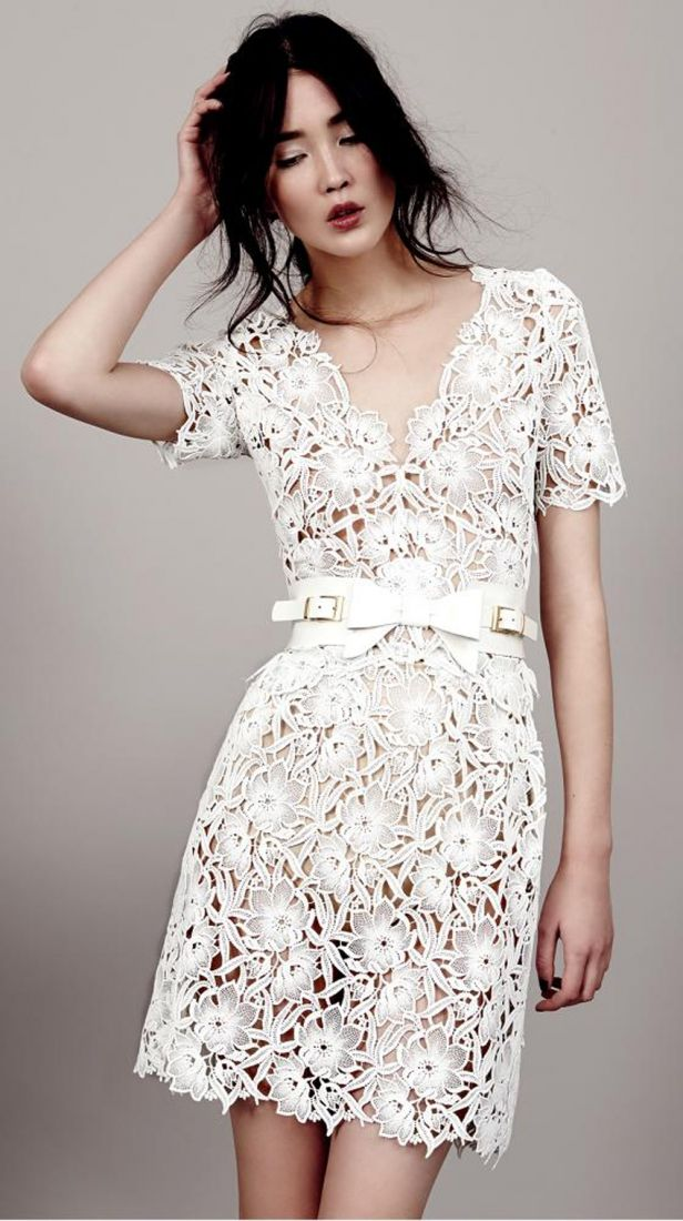 Robe de mariee courte dentelle Kaviar Gauche Berlin l La Fiancee du Panda blog mariage
