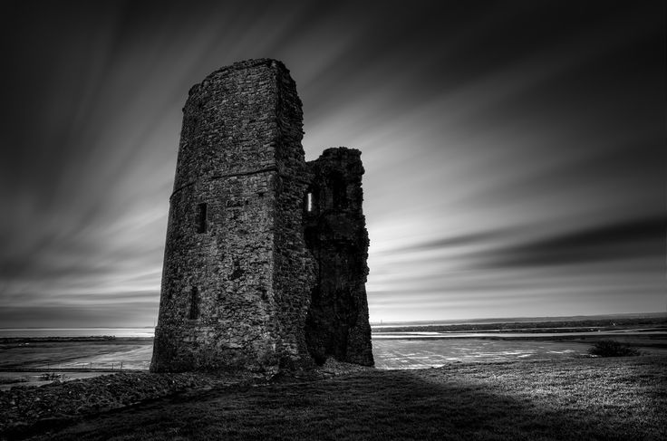 https://flic.kr/p/rFPQBW | Hadleigh Castle | Hadleigh Castle in Essex I'd originally gone to shoot down at Shoeburyness and saw this on my way home so I thought I'd give it a go. The sun was in the wrong place so I was limited in what I could do really.