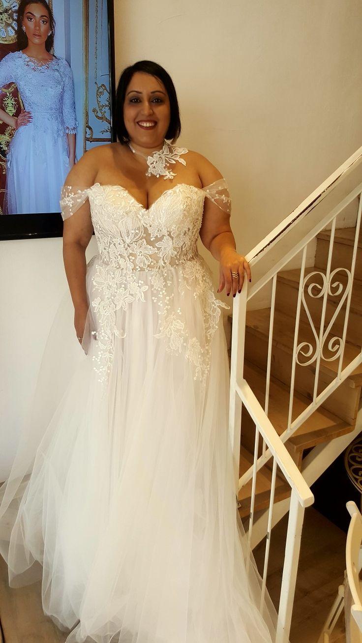 Stores Wedding dresses, Plus size wedding gowns, Dream