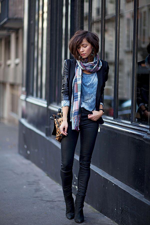 Combinatie en kleur/ patroon vd sjaal is leuk