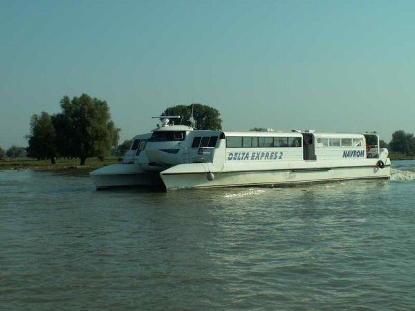 OMUL SI DELTA - transport - REZERVATIA BIOSFEREI DELTA DUNARII