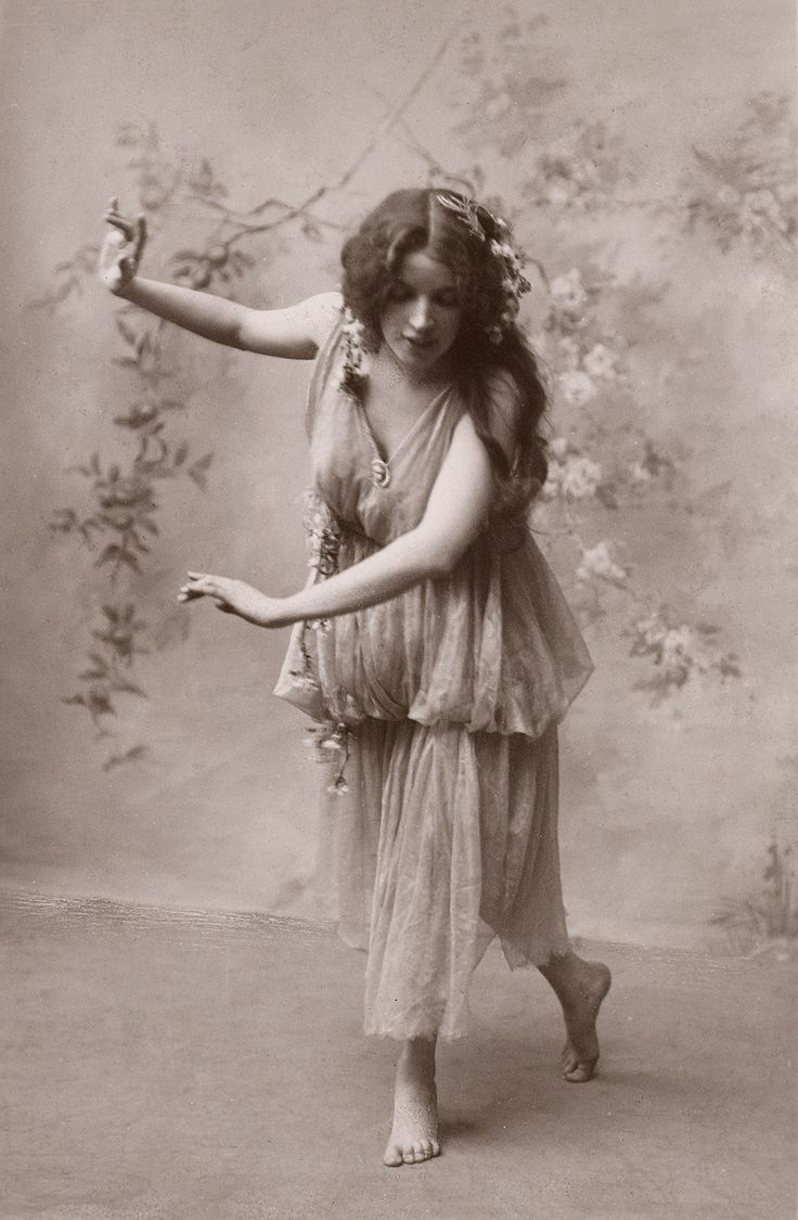 Vintage Bohemian Lady Image - The Graphics Fairy