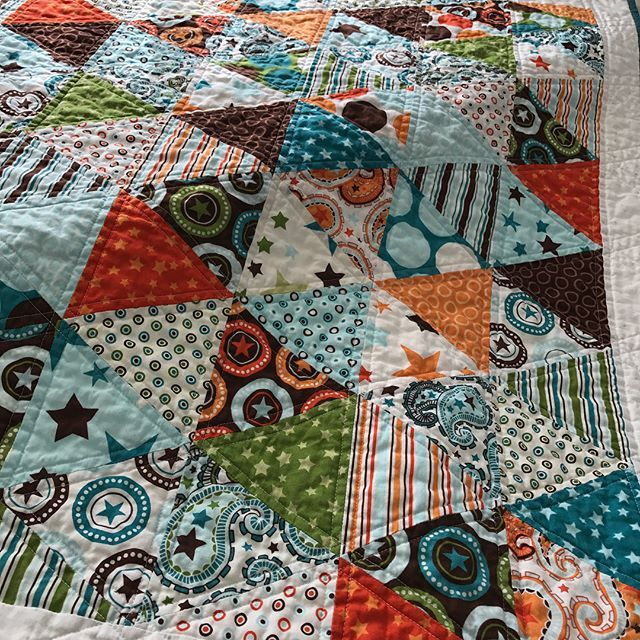 Baby's quilt is done! Washed and wrinkly ready for much loving. #nanamadeit #grandbaby2 #rileyblakedesigns #rileyblakefabric