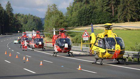 Полиция подтвердила гибель 18 человек при аварии автобуса в Баварии