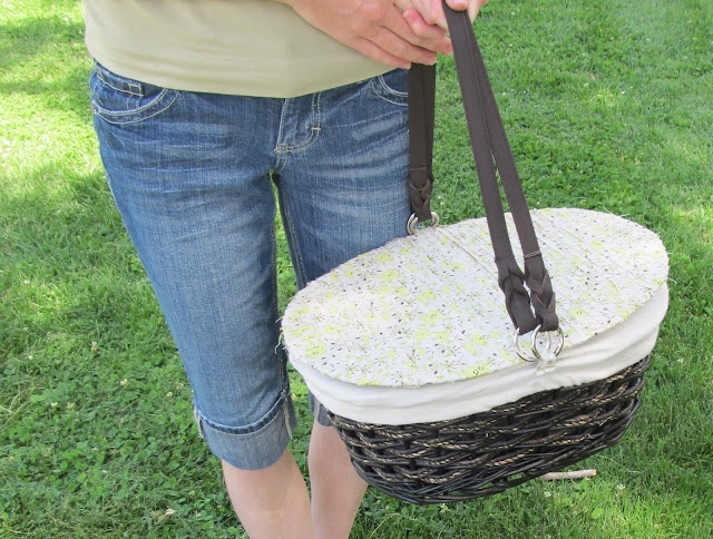 Make Your Own Picnic Basket!! (Tutorial)
