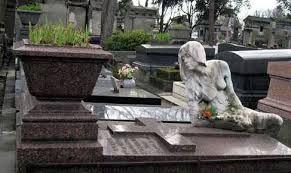 Картинки по запросу кладбище пер-лашез фото